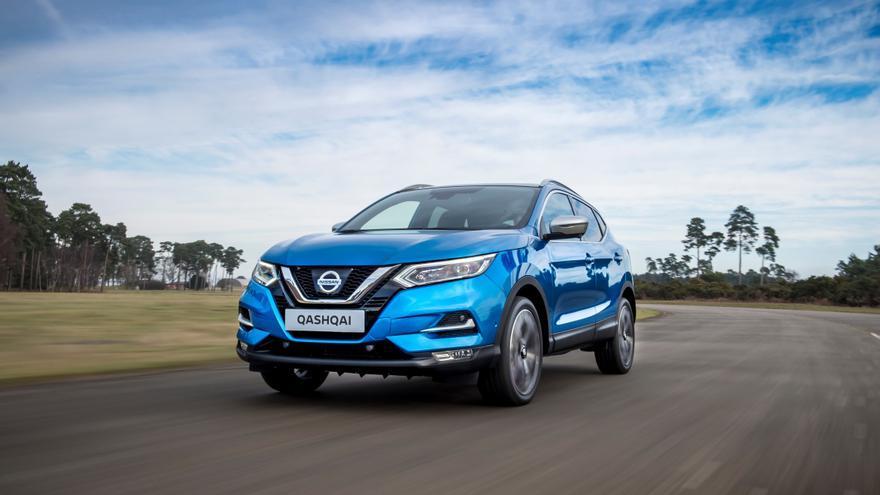 El Nissan Qashqai, que inició la fiebre por los SUV hace una década, se ha renovado este año.