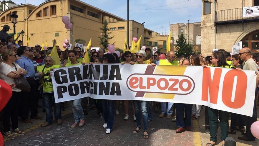 Manifestación del domingo 3 de septiembre en Yecla en contra de la instalación de la macrogranja.