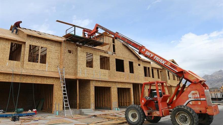 La construcción de casas en EE.UU. en octubre alcanzó el mayor nivel desde 2007