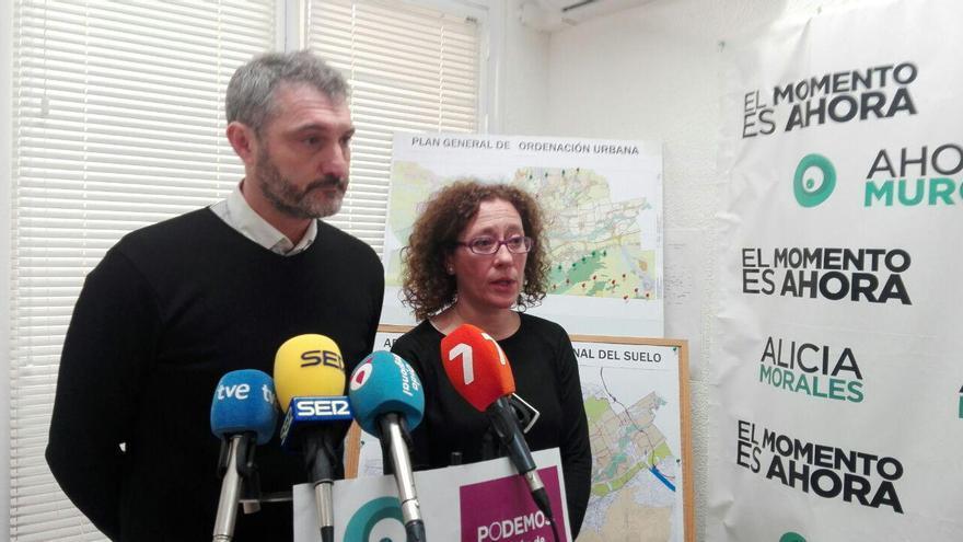 Óscar Urralburu y Alica Morales durante la rueda de prensa