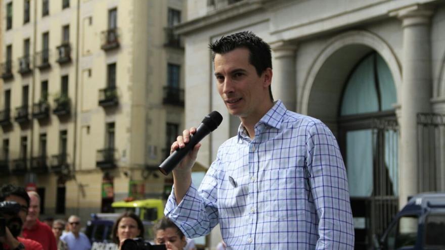 Luis Gonzalo Segura, durante una de las concentraciones organizadas en apoyo a su causa.