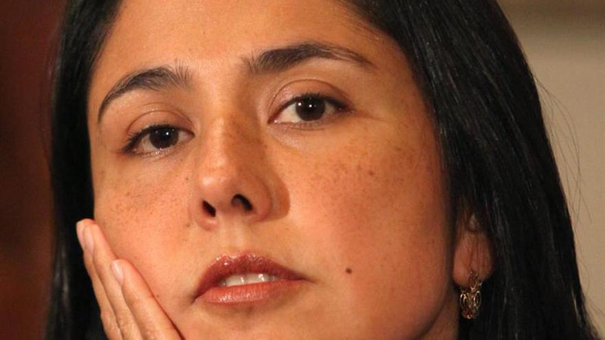 La esposa de Humala deberá afrontar una investigación judicial sin salir de Perú
