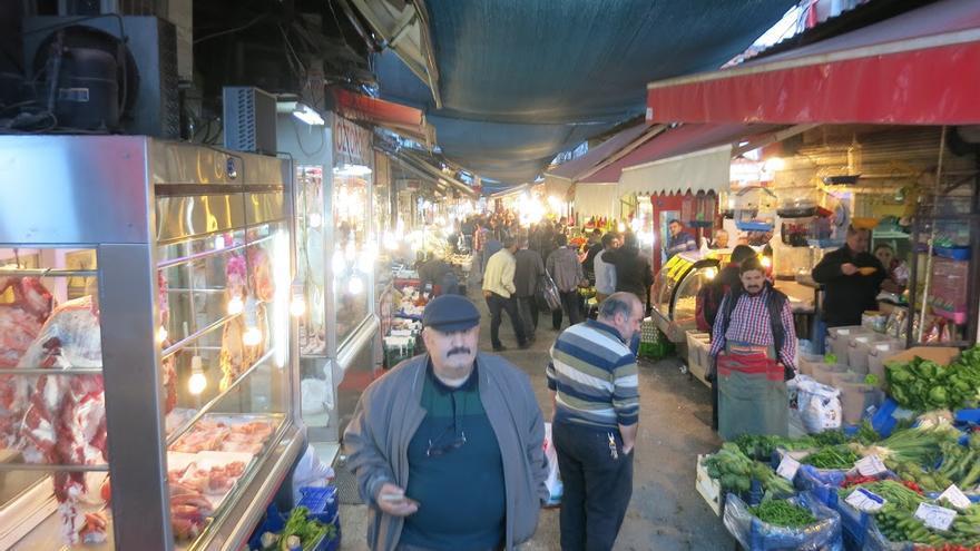 En Esmirna viven un millar de judíos