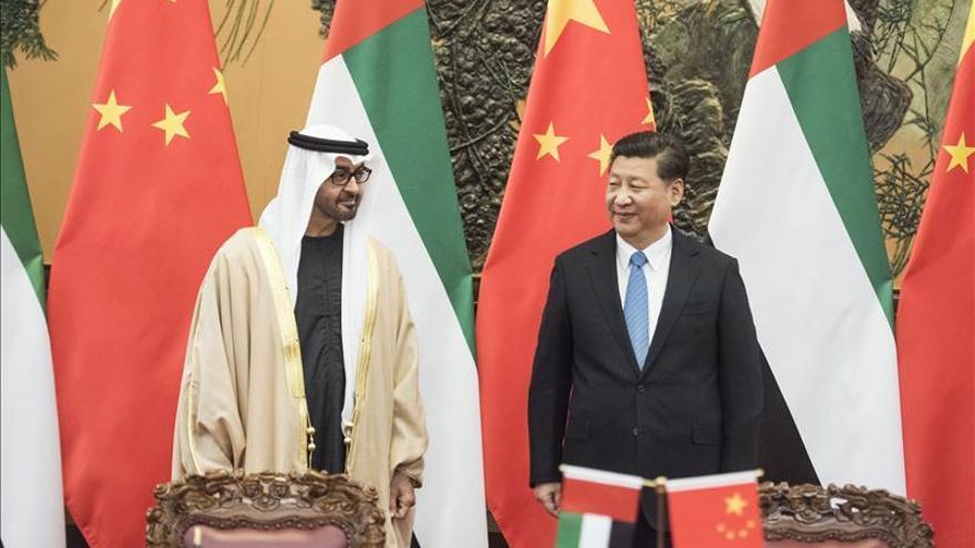 China y EAU crean un fondo de inversión conjunta de 10.000 millones de dólares