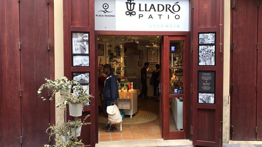 Entrada de la tienda de Lladró en la plaza Redonda
