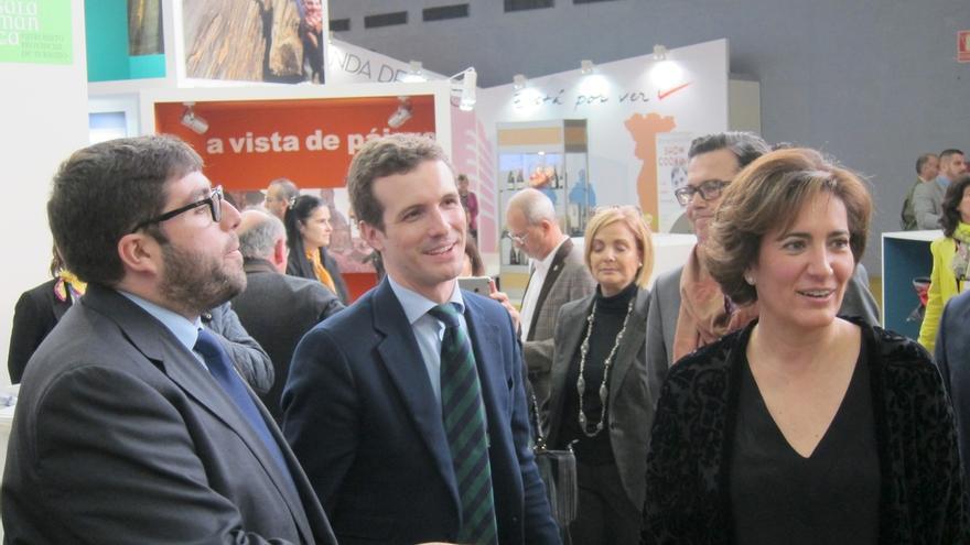 """Casado (PP) defiende que Rajoy """"está dando la cara"""", pero aclara que debe repartir su tiempo """"para poder gobernar"""""""