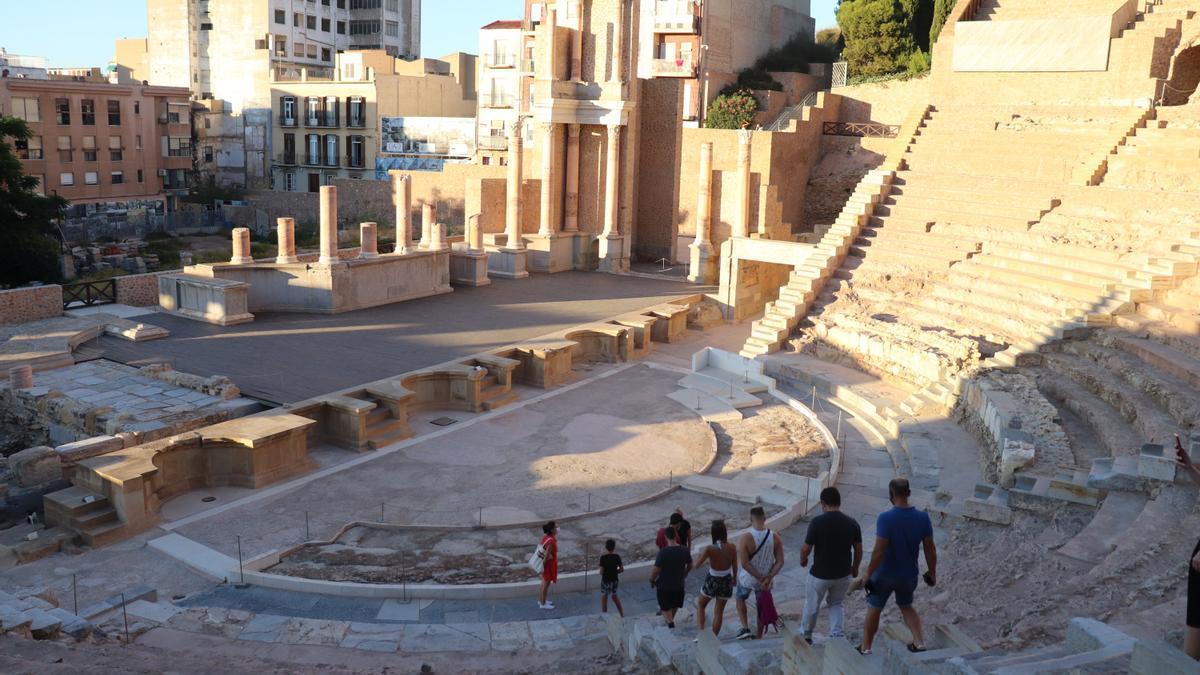 Una visita guiada al museo del Teatro Romano de Cartagena