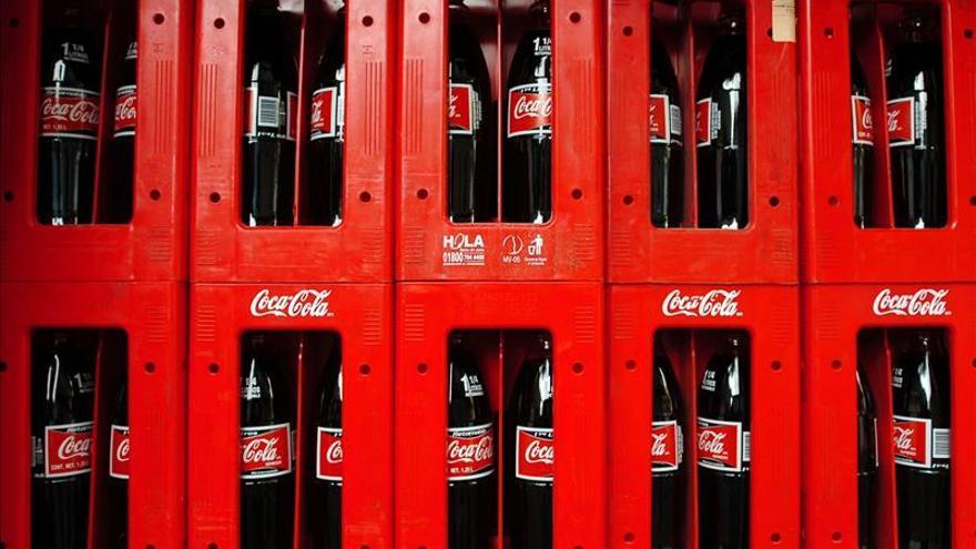 Varias ONG mexicanas piden sanciones para Coca-Cola por un polémico anuncio