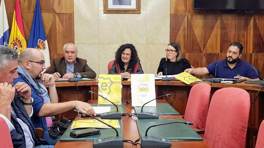 Reunión de Nieves Rosa Arroyo con los ayuntamientos.
