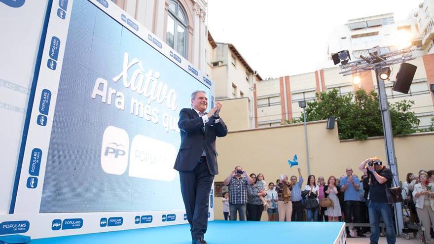 Alfonso Rus, en el único mítin del PP de Xàtiva en campaña electoral. / Populars Xàtiva