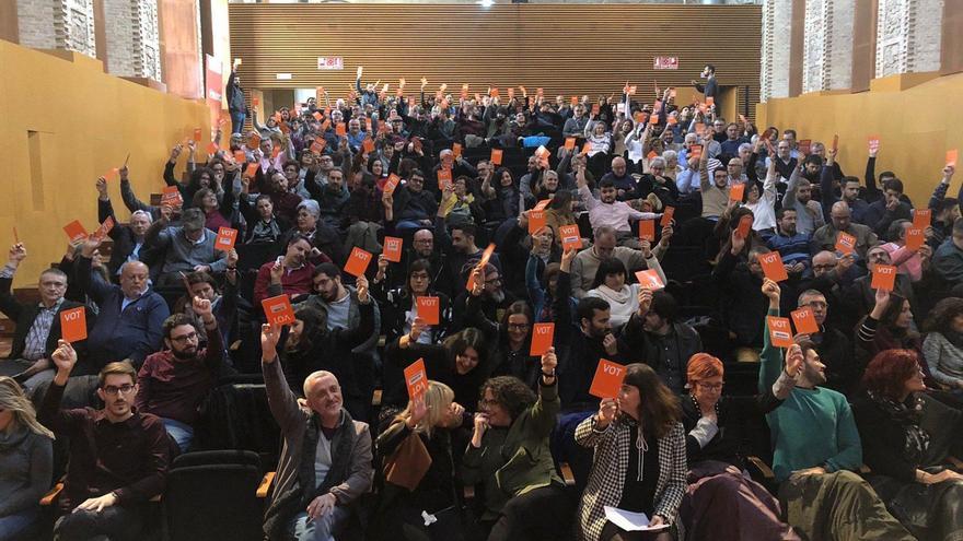 Los miembros del Consell Nacional del Bloc, durante la votación de este sábado.