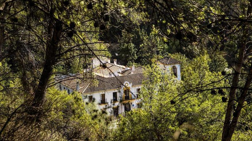 Los hoteles del litoral andaluz cierran 38 % de las plazas en temporada baja
