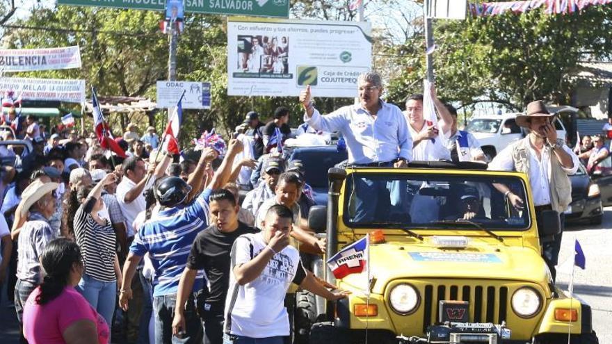 Candidatos salvadoreños agotan campaña confiados en el triunfo