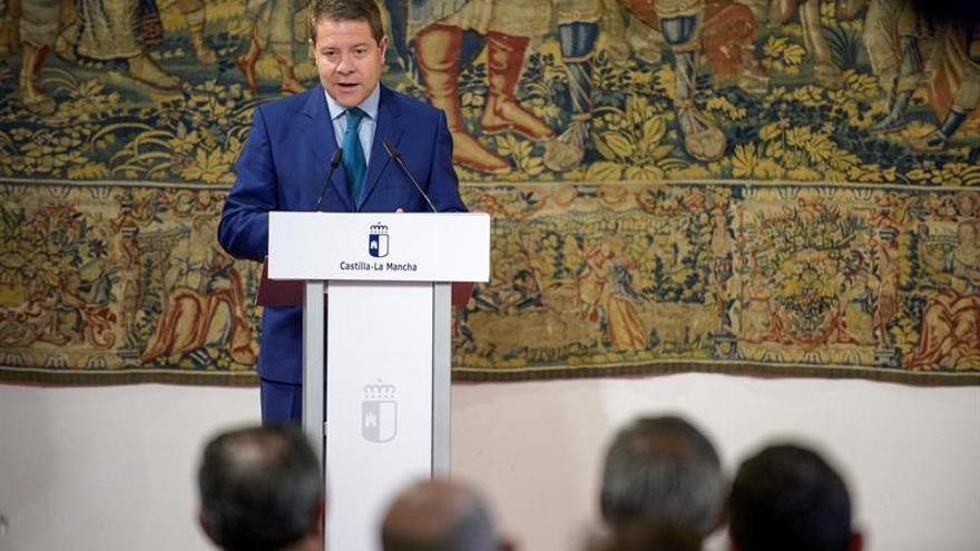 García-Page dice que Sánchez tiene que pedir disculpas a Felipe González