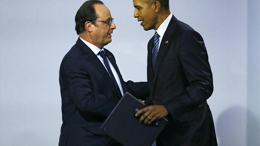Hollande y Obama cenan en un restaurante con tres estrellas Michelin del centro de París