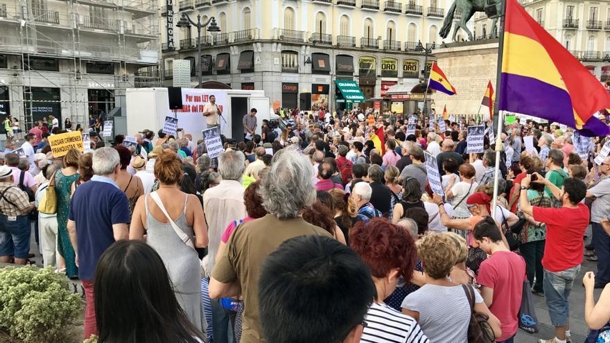 Concentración antifranquista en Sol.
