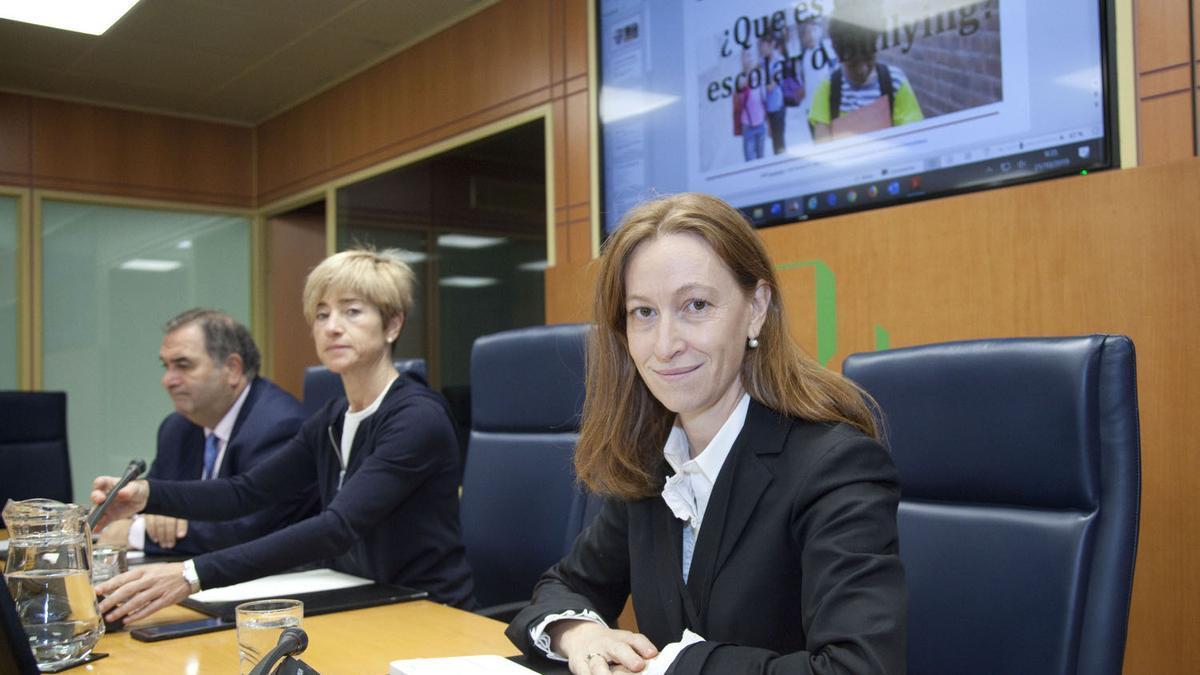 Leticia de la Hoz, abogada de la familia de la víctima de abusos sexuales en Gaztelueta, el pasado año en la ponencia