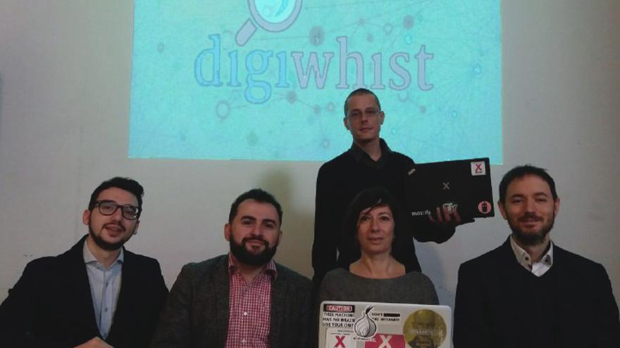 Los responsables de Digiwhist en la presentación de esta mañana en la sede de Xnet