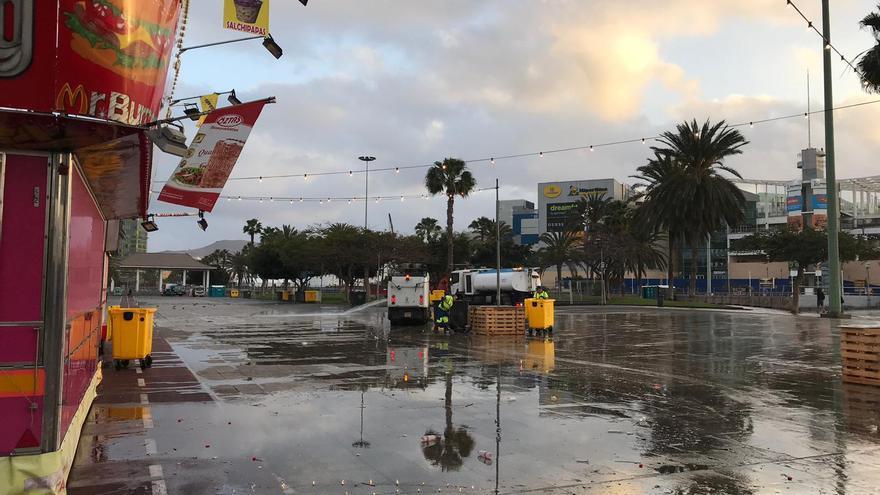 El fin de semana carnavalero en Las Palmas deja 28.600 kilos de residuos