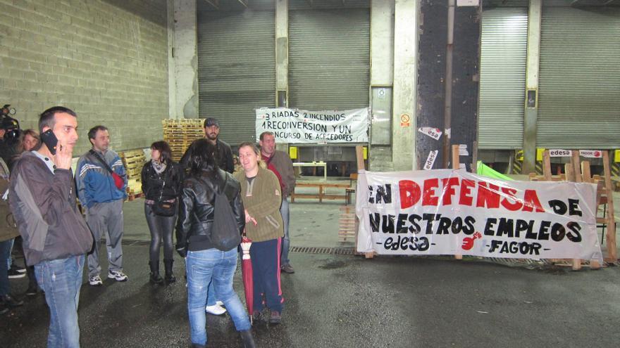 Trabajadores de Fagor se desplazan hasta Basauri para apoyar la manifestación de Edesa