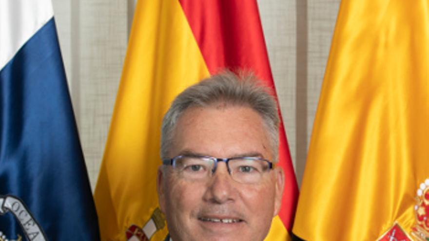 Juan Ruiz.