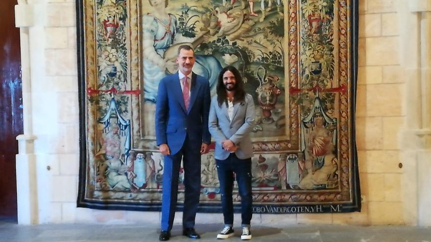 """El Rey Felipe VI y Picornell hablan sobre la necesidad de """"tender puentes"""" con Cataluña"""