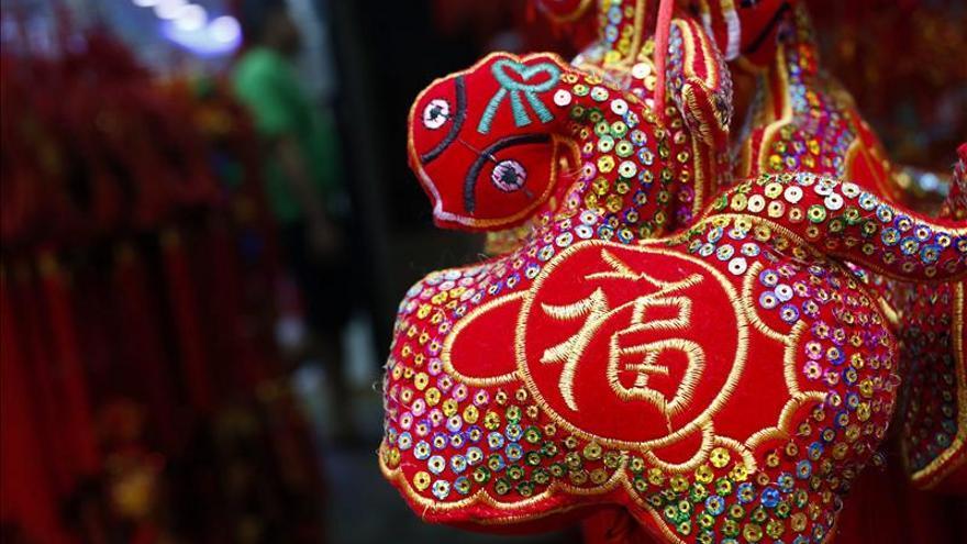 El número de comerciantes y hosteleros chinos se dispara en España durante la crisis