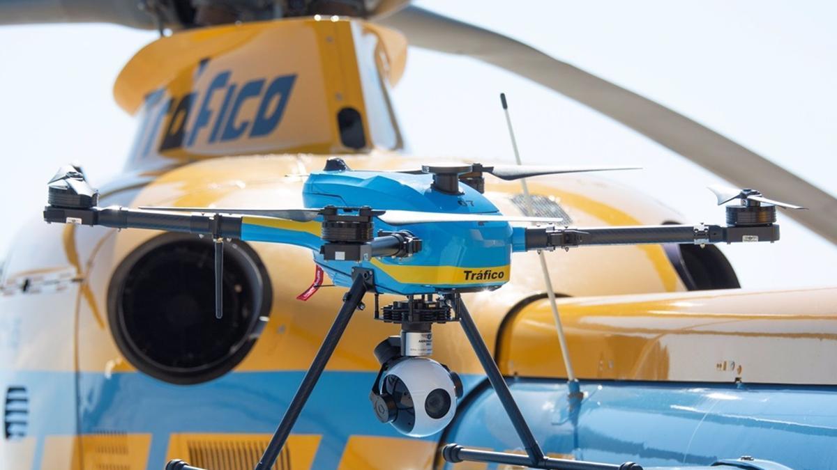 Uno de los drones de la DGT que vigilará las carreteras este verano