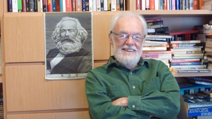 David Harvey en su despacho de la City University of New York (CUNY)