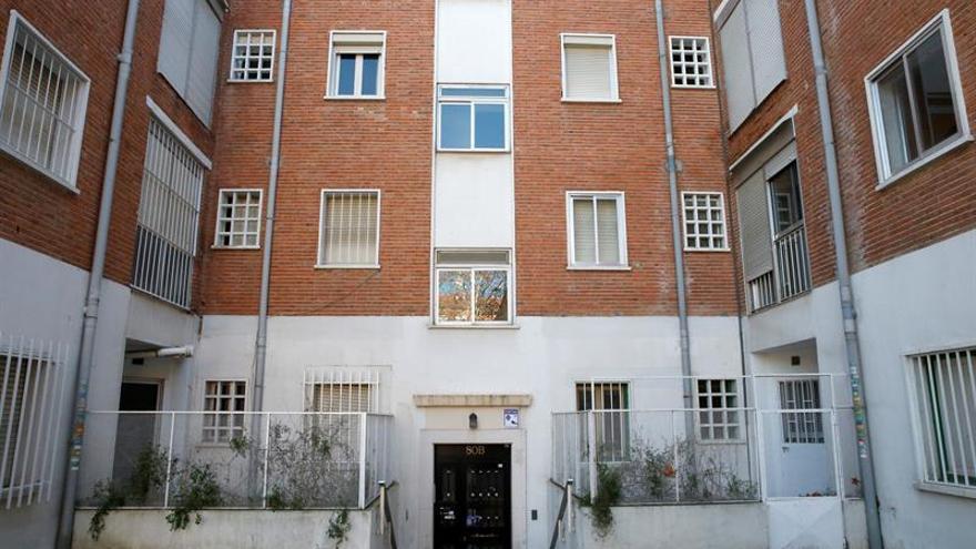 """Inquilinos acusan a inmobiliaria de """"acoso"""" en pisos de la Colonia Banesto"""