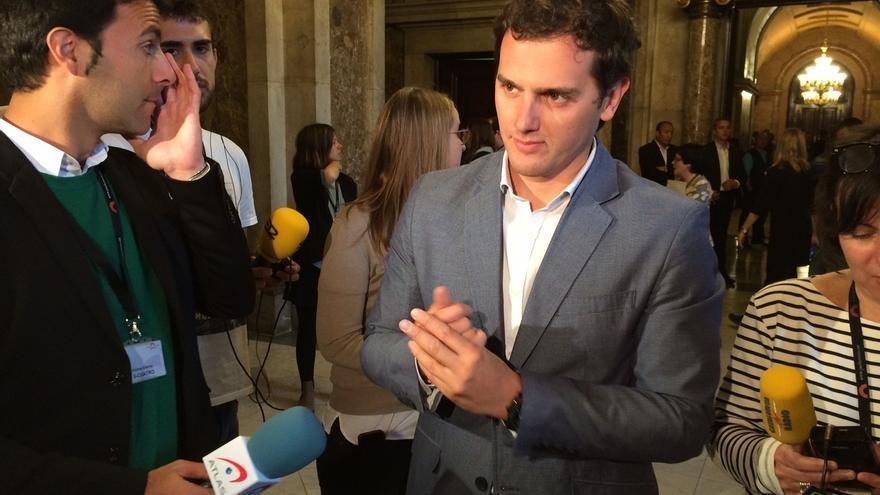 Rivera dice que está dispuesto a pactar los temas económicos, sociales y democráticos con diferentes partidos