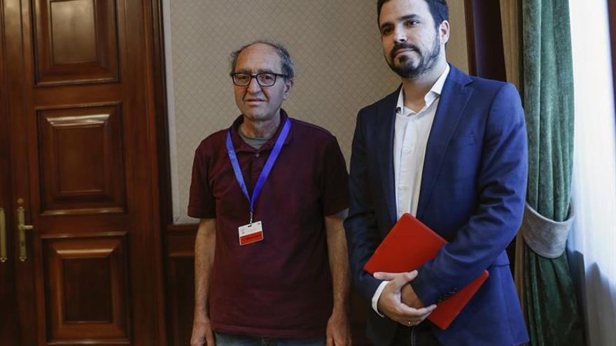 """Akhanli lamenta la actuación """"penosa"""" del Gobierno español tras su detención"""
