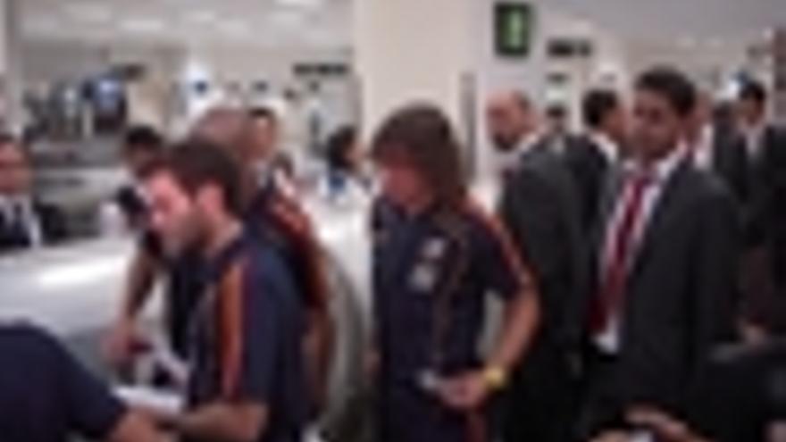 La selección española en el aeropuerto