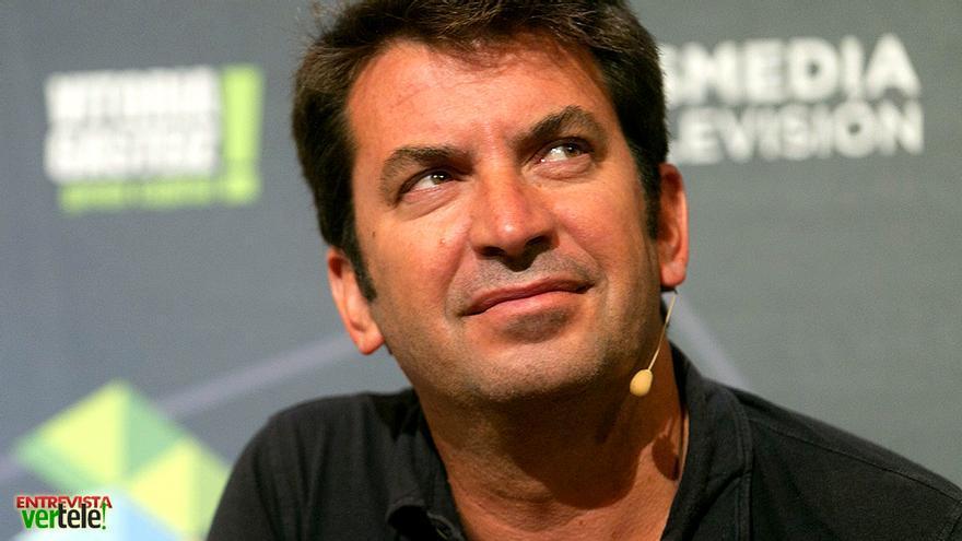 """El viaje más nostálgico de Arturo Valls en Antena 3: """"Es un chute emotivo muy fuerte"""""""