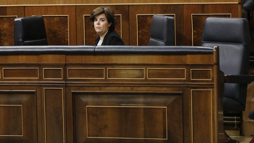 Soraya Sáenz de Santamaría, sola en la bancada del Gobierno