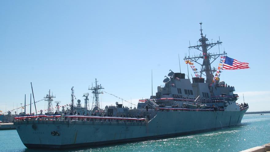 El destructor estadounidense 'USS Porter' llega a la Base Naval de Rota