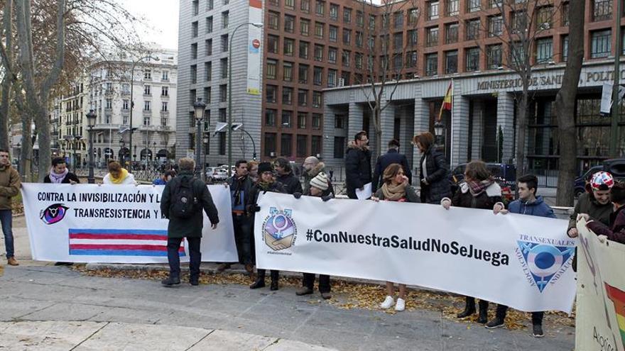 Transexuales piden al PSOE que retire una iniciativa en el Congreso