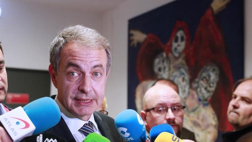 Zapatero: Iniciativa de Podemos constata una vez más que no hay alternativa