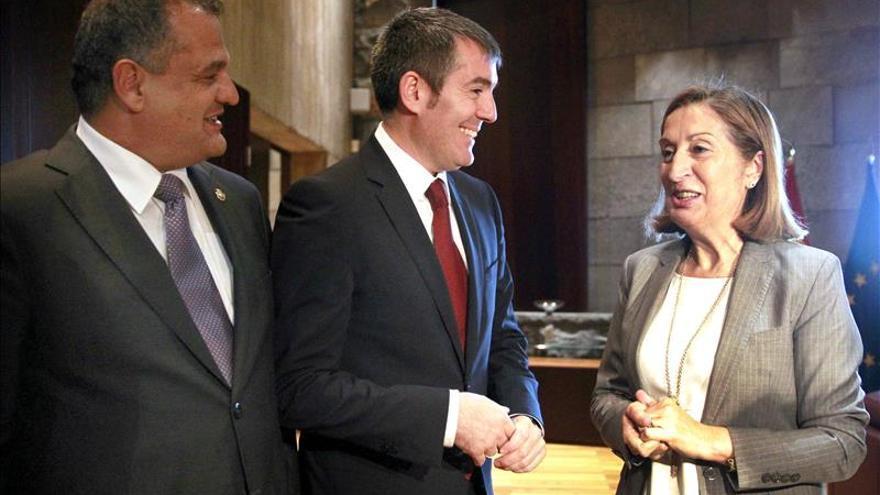 Ana Pastor anuncia una inversión de 120 millones en terminal Tenerife Sur