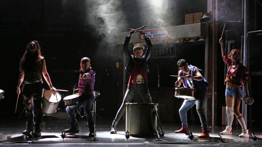 Mayumana actuando en el Teatro Pérez Galdós en Las Palmas de Gran Canaria. Alejandro Ramos.