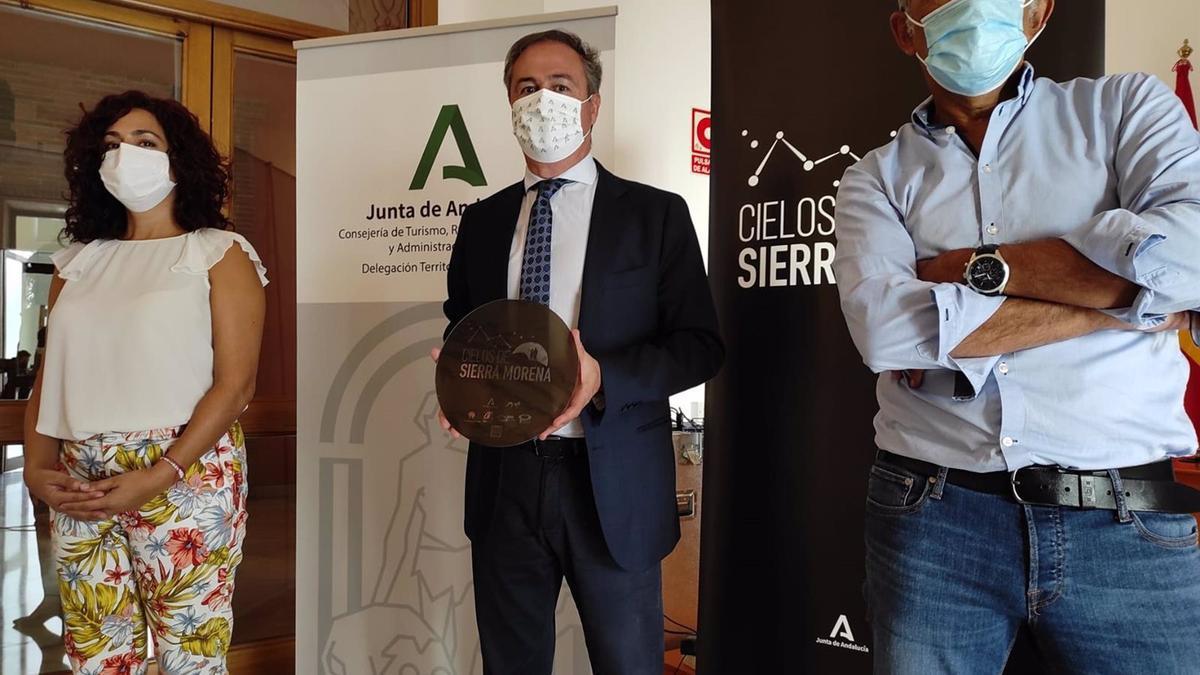 El delegado de Turismo de la Junta en Córdoba, Ángel Pimentel, en la presentación del proyecto 'Cielos de Sierra Morena