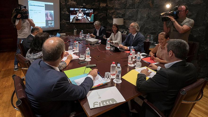 Consejo de Gobierno en el que se aprobó la Ley del Suelo de Canarias