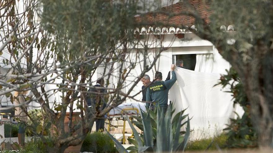 Hallan fallecidos a un hombre y una mujer en Xàbia, sin signos de violencia