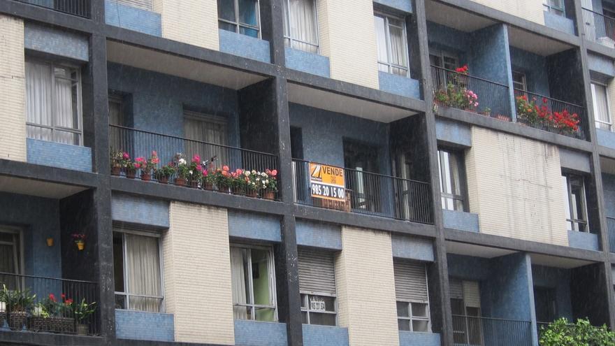 El precio de la vivienda de segunda mano en Euskadi baja una décima en octubre