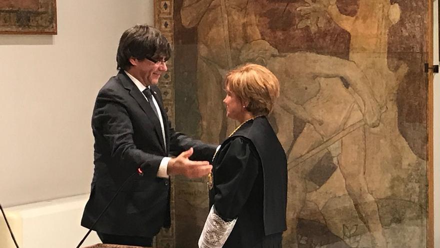 """Puigdemont reivindica el Consell de Garanties ante un Estado que recurre """"a las cloacas"""""""