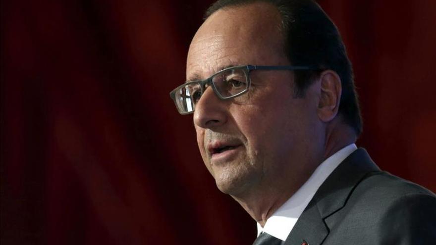 Francia anuncia vuelos de reconocimiento para bombardear al EI en Siria