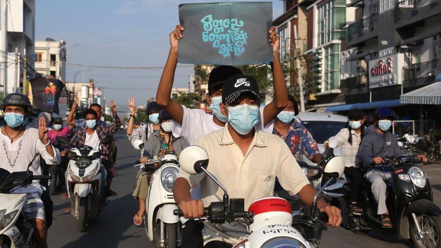 El golpe militar deja a Birmania desprotegida ante la nueva ola de covid