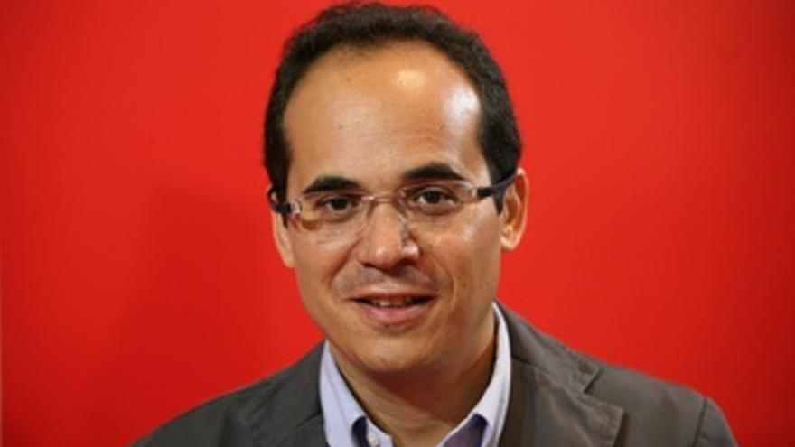 El coordinador de diputados y senadores del PSC, Francesc Vallès