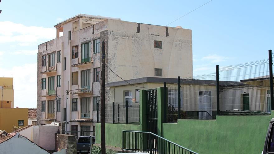 Antiguo 'Edificio de los Maestros', ubicado en la Calle Antonio Rodríguez López de Santa Cruz de La Palma.