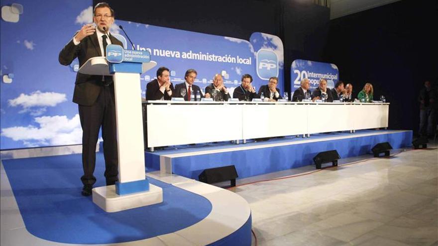 Rajoy dice que España crecerá y creará empleo en 2014 gracias a las reformas